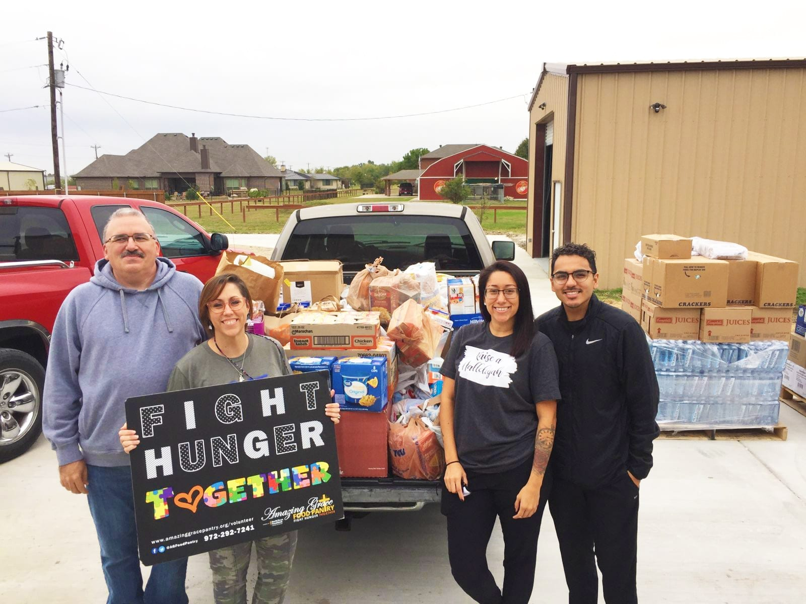 New Hope Christian Church drops off food at Amazing Grace Food Pantry