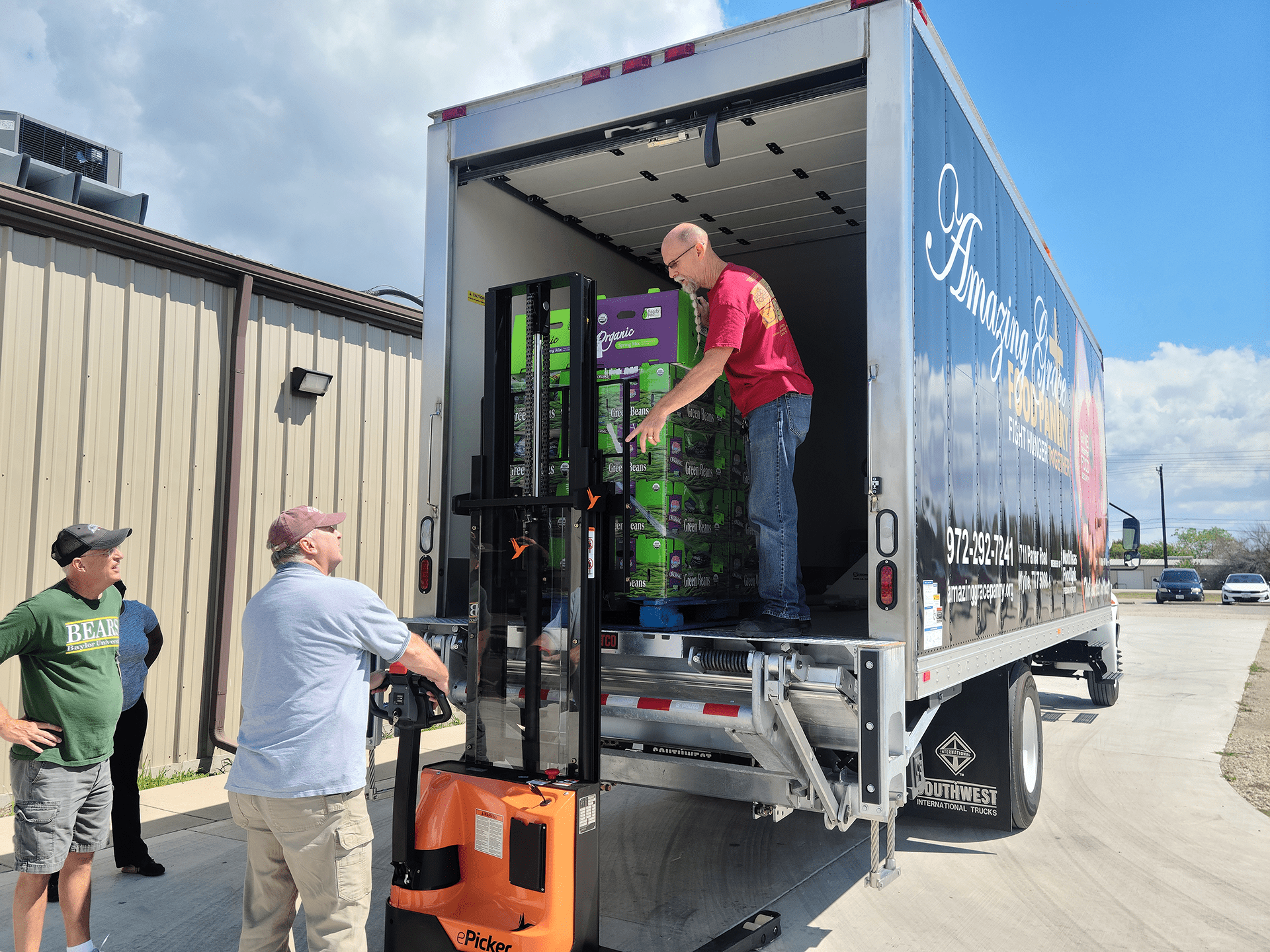 First Costco Retail Rescue for Amazing Grace Food Pantry